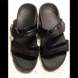 VIONIC Shore Double Strap Black Slide Sandals